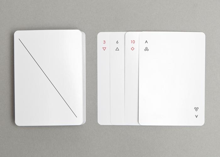 carte-jeu-minimaliste-bleu-02