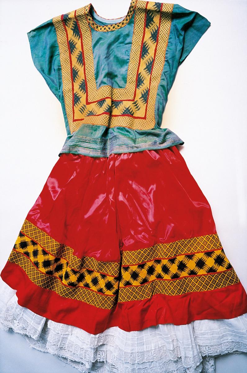 garderobe-frida-kahlo-01
