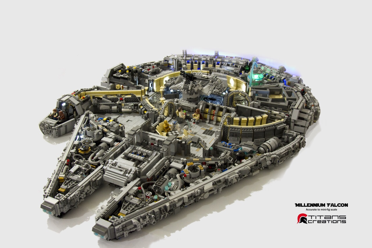 un millennium falcon en coupe et en 10000 pi ces de lego. Black Bedroom Furniture Sets. Home Design Ideas