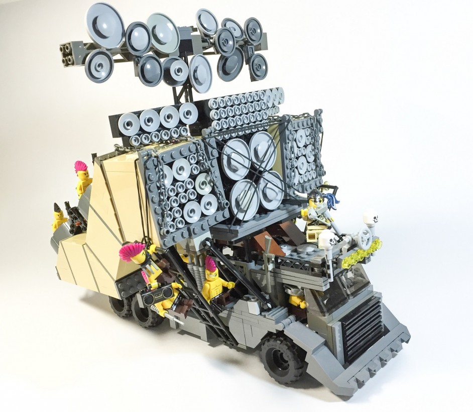 mad-max-fury-road-lego-03