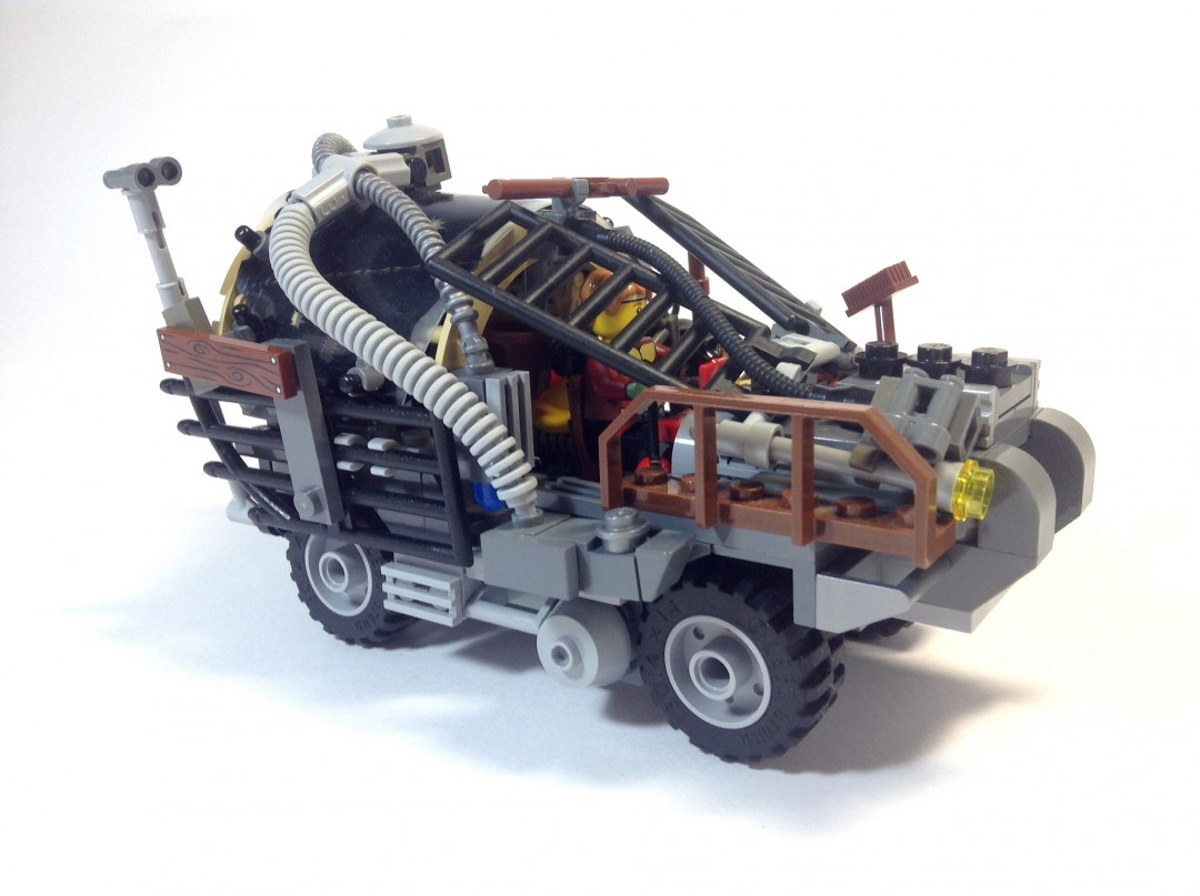 mad-max-fury-road-lego-06