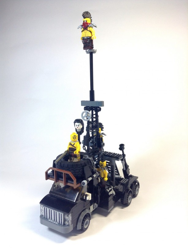 mad-max-fury-road-lego-07