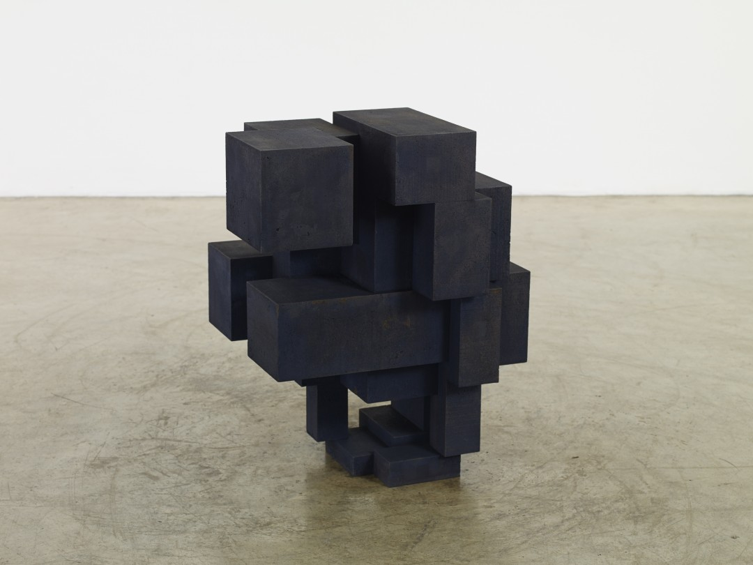 Antony-Gormley-corps-cube-02