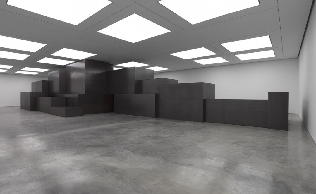 Antony-Gormley-corps-cube-05