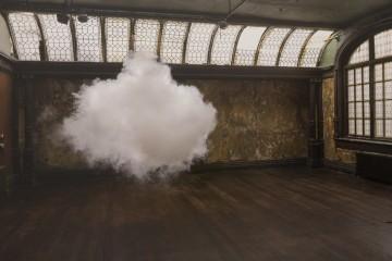 nuage-interieur-Berndnaut-Smilde-01