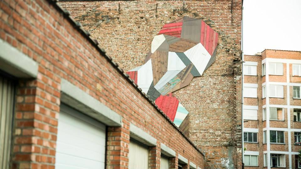 street-art-porte-recup-bois-03
