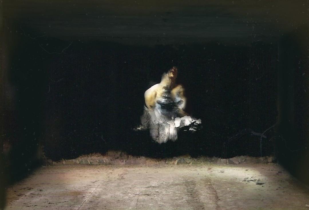 ombre-peinture-barique-abandonee-04