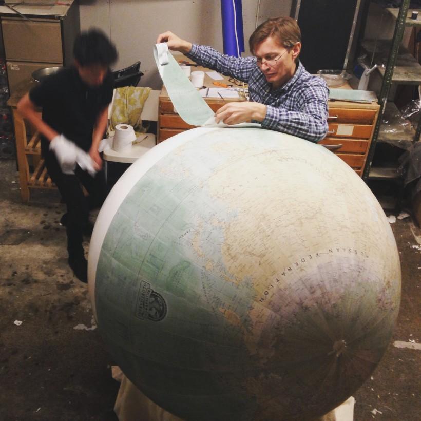 fabrication-globe-terrestre-artisanale-02