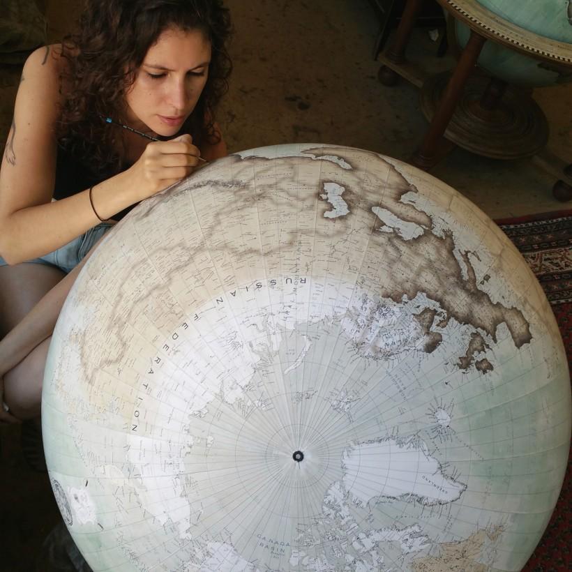 fabrication-globe-terrestre-artisanale-11