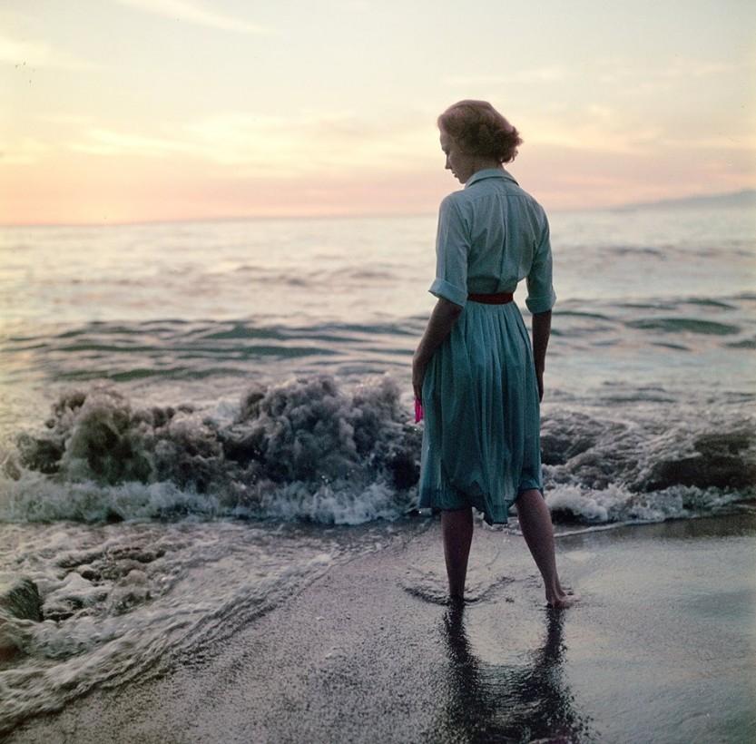 femme-ocean-ancien-photo-mystere-01