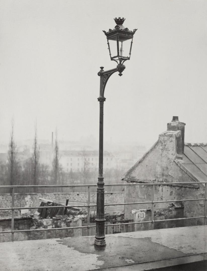 Lampadaire_Paris_Charles_Marville_Candelabre_console_1878