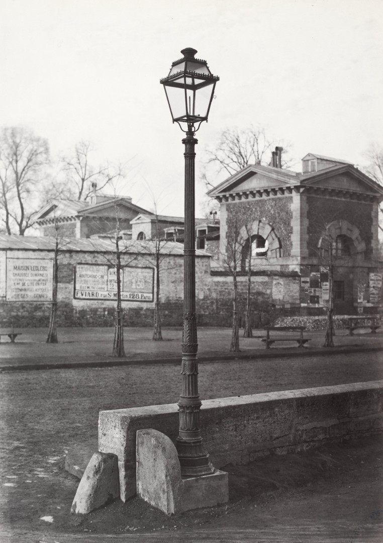 Lampadaire_Paris_Charles_Marville_Chemin_de_fer_de_Sceaux_cour_1878
