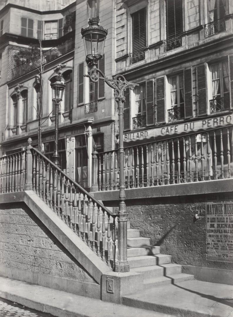 Lampadaire_Paris_Charles_Marville_Escalier_du_boulevard_Saint-Martin_1878