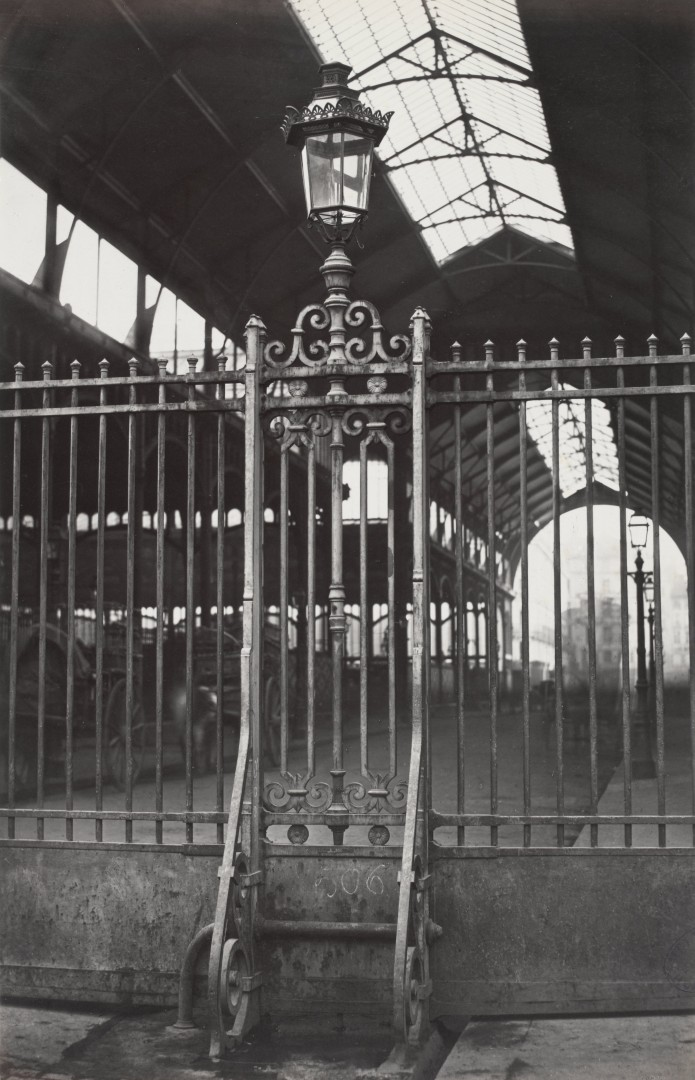Lampadaire_Paris_Charles_Marville_Halles_centrales_2_1878