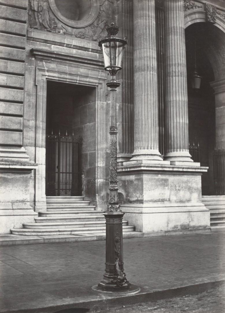 Lampadaire_Paris_Charles_Marville_Louvre_Pavillon_Mollier_2_1878