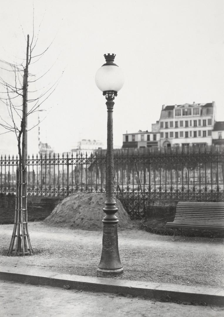Lampadaire_Paris_Charles_Marville_Parc_Monceau_1878