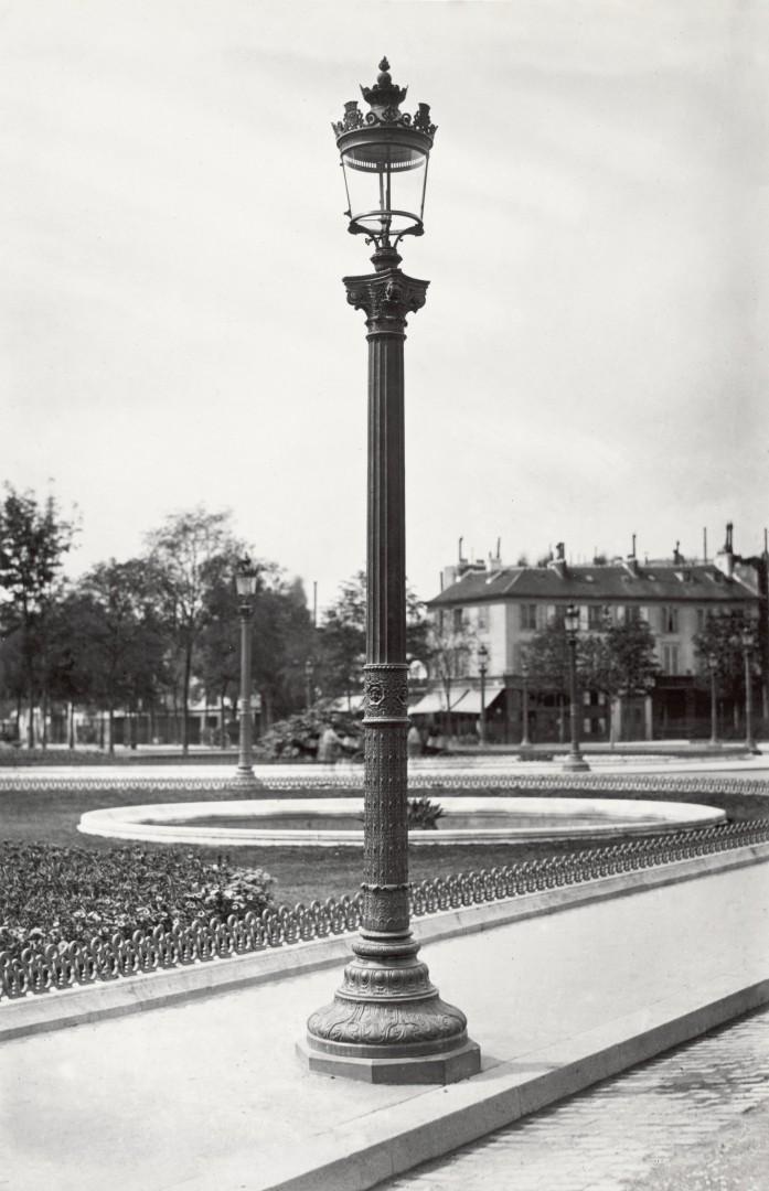 Lampadaire_Paris_Charles_Marville_Rond_point_des_Champs_Elysees_1878