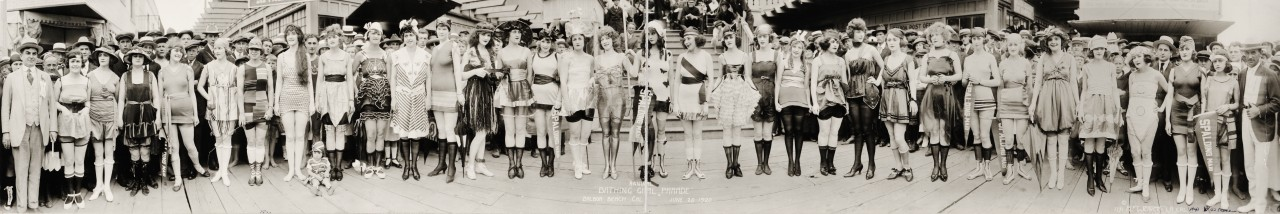 miss-panoramique-Annual-Bathing-Girl-Parade-Balboa-Beach-Cal-June-20-1920