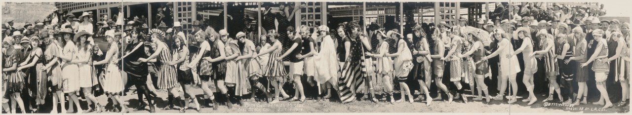 miss-panoramique-Bath-Suit-Fashion-Parade-Seal-Beach-Cal-July-14-1918