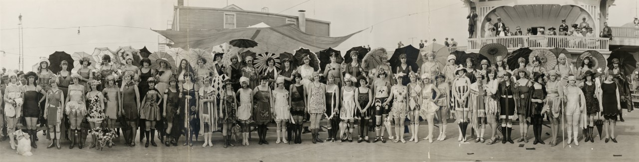 miss-panoramique-Contestants-Bathing-Girl-Revue-Galveston-Tex-May-14th-1922