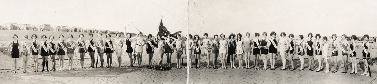 miss-panoramique-First-International-Pageant-of-Pulchritude-Seventh-Annual-Bathing-Girl-Review-at-Galveston-Texas-1926