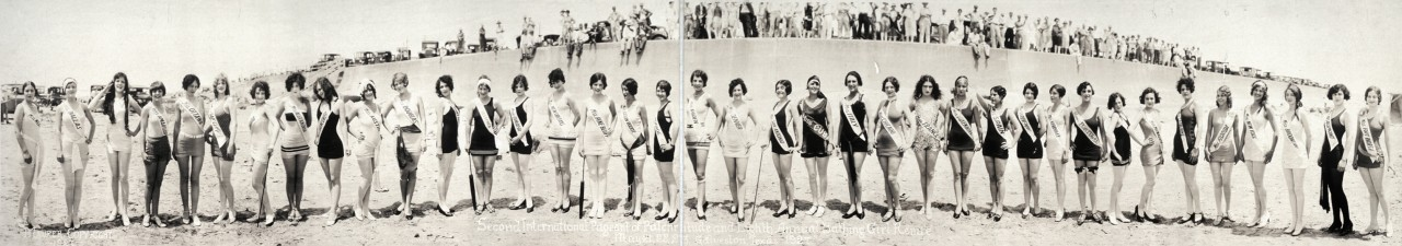 miss-panoramique-Second-International-Pageant-of-Pulchritude-and-Eighth-Annual-Bathing-Girl-Revue-May-21-22-23-Galveston-Texas-1927