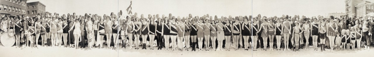 miss-panoramique-Shrine-Bathing-Beauty-Parade-Venice-California-1925