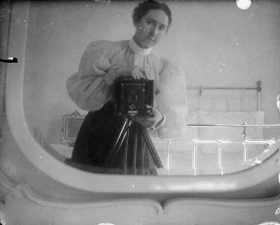 vieux-selfie-mirroir-autoportrait-05
