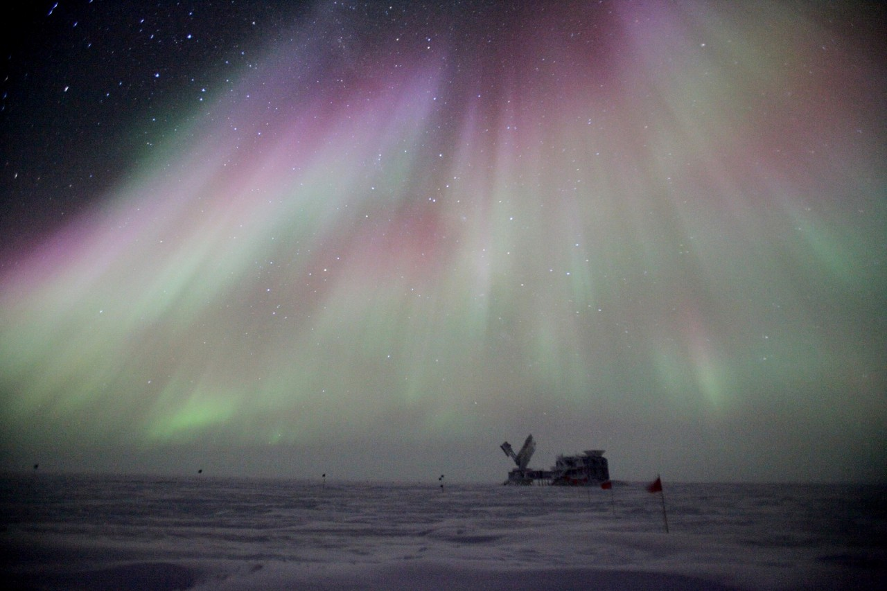 05-antarctique-aurore