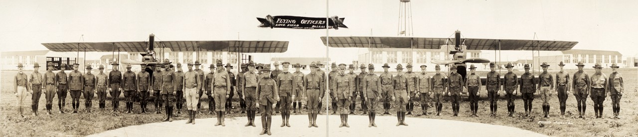 Officiers, Love Field à Dallas - 1918