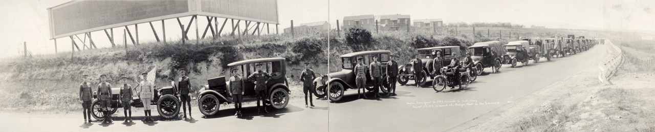 Une compagnie de transport motorisé en route vers Santa Cruz - 1919