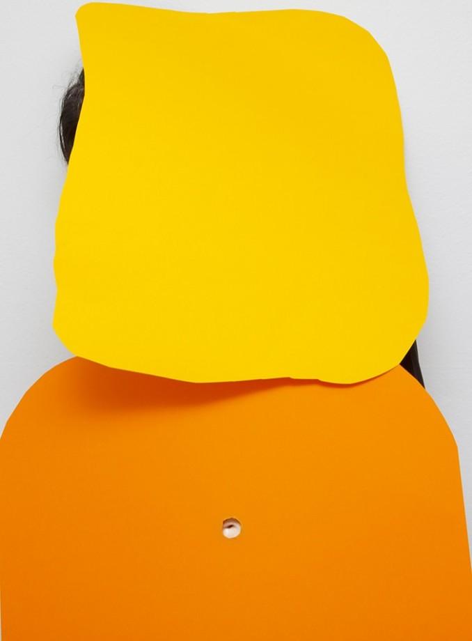 cache-fond-autoportrait-01
