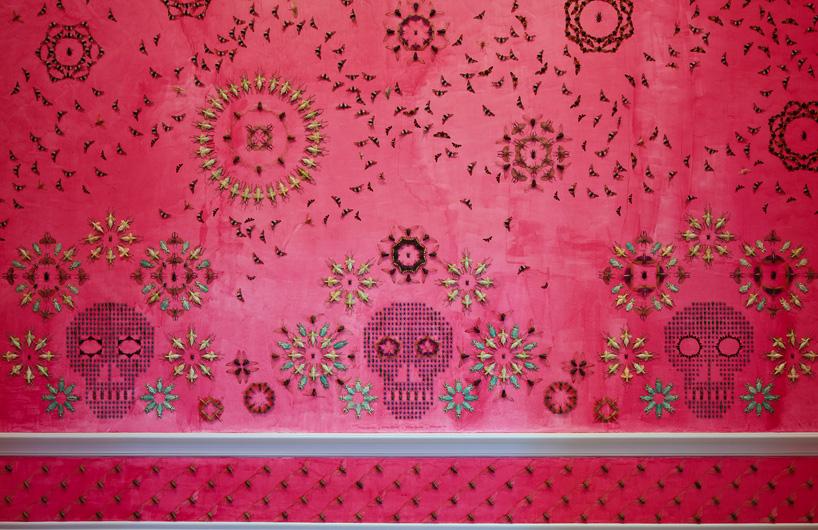 insecte-mur-installation-02
