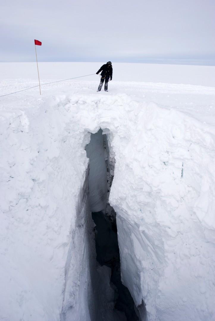 et remplies de neige pour permettre en passage en toute sécurité