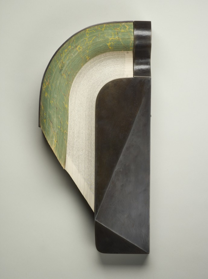 livre-metal-sculpture-03