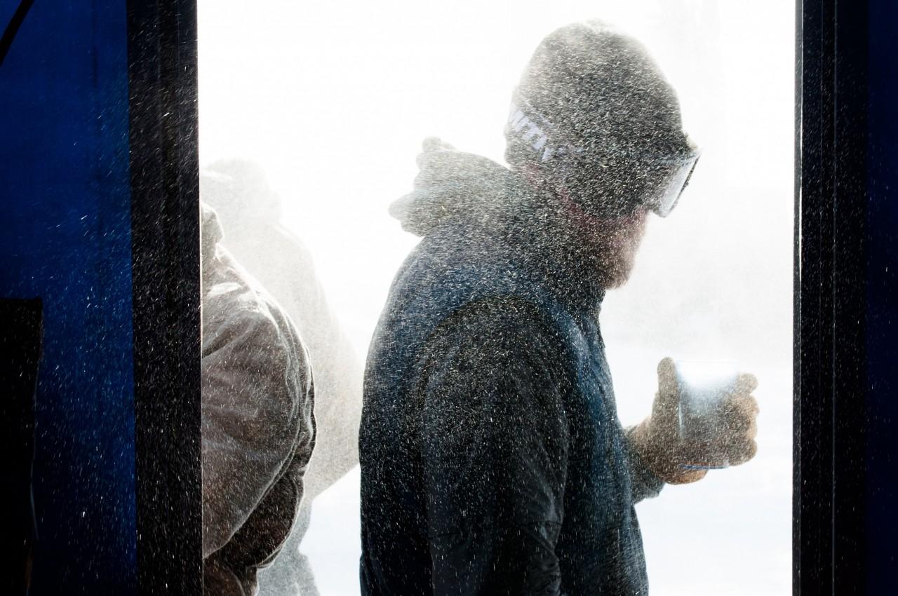 Dans la neige à Pine Island - August Allen