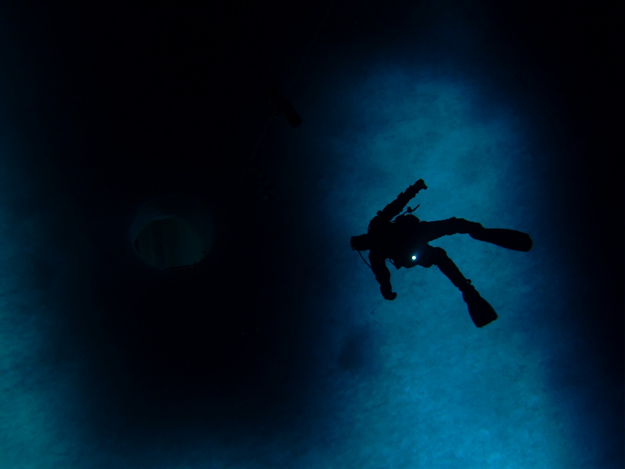 Un plongeur sous la banquise de McMurdo - Steve Rupp
