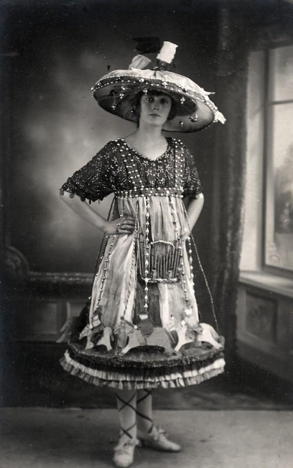 vintage-ancien-costume-deguisement-halloween-04