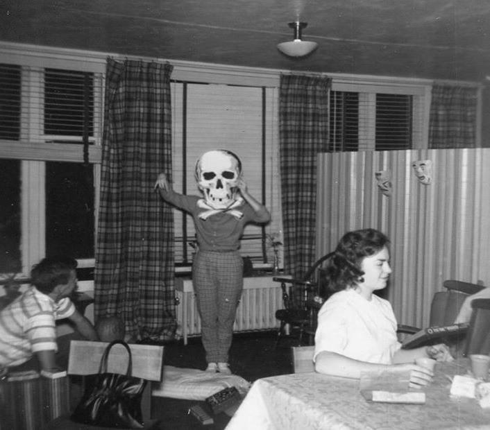vintage-ancien-costume-deguisement-halloween-17