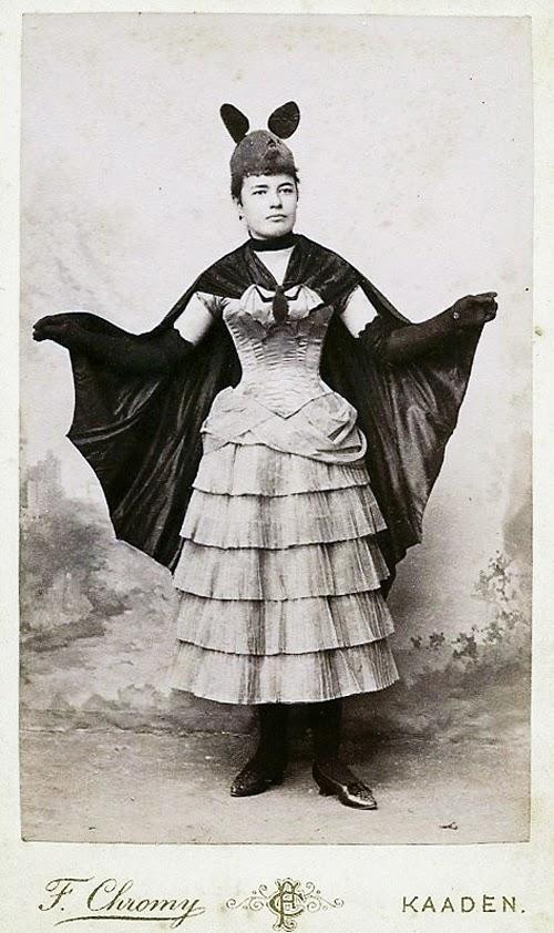 vintage-ancien-costume-deguisement-halloween-41