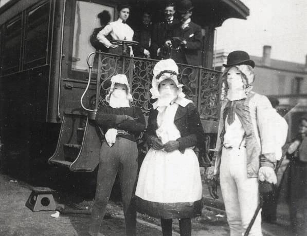 vintage-ancien-costume-deguisement-halloween-46