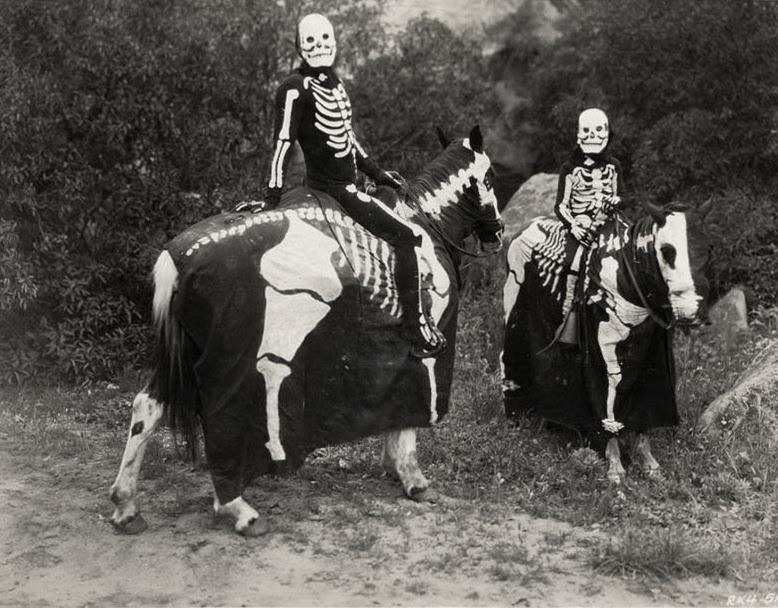 vintage-ancien-costume-deguisement-halloween-59