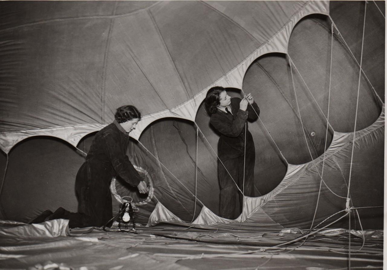 waf-ballon-barrage-fabrication-femme-06