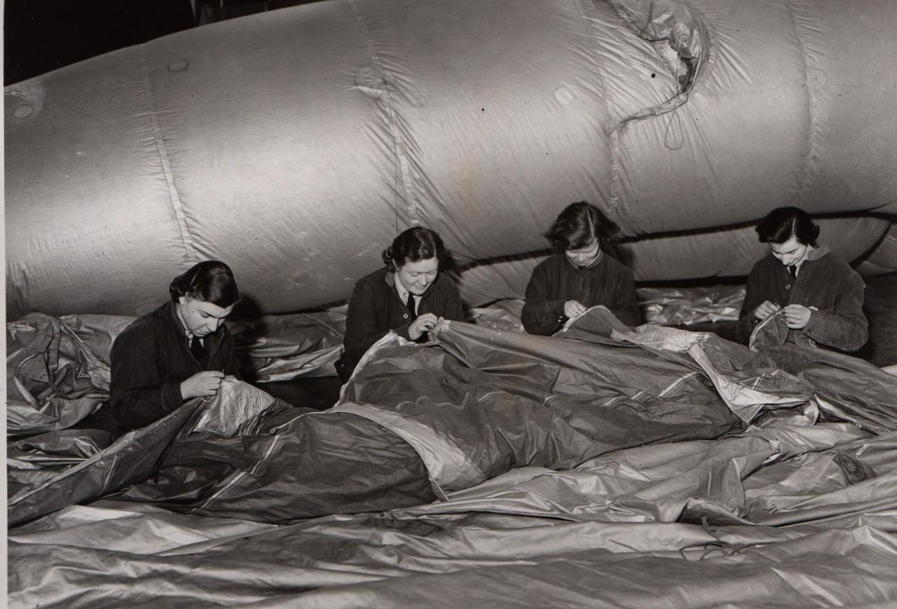 waf-ballon-barrage-fabrication-femme-10