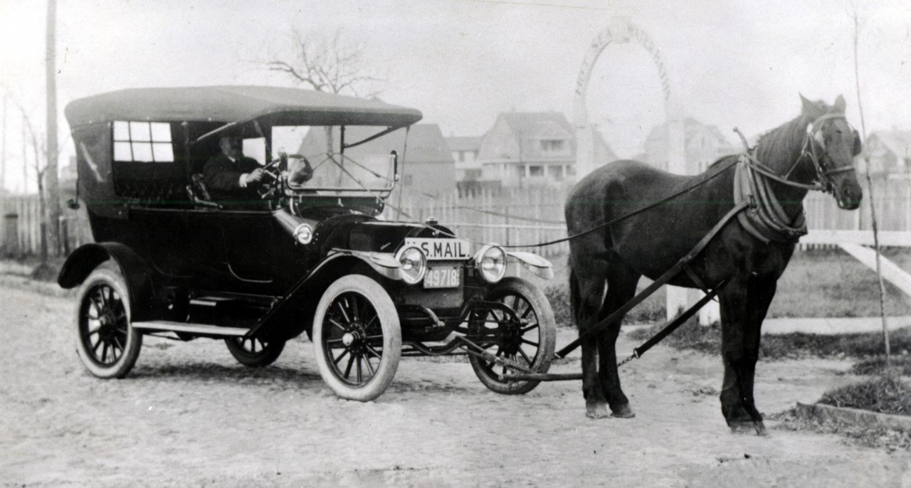 Clinton-Folger-Voiture-Cheval-Facteur-Nantucket