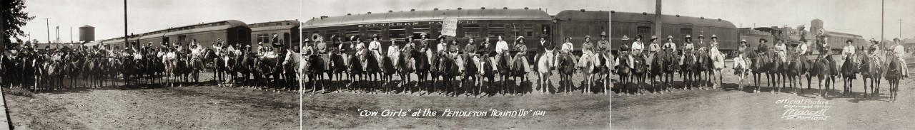 Cow-Girls-at-the-Pendleton-Round-Up-1911