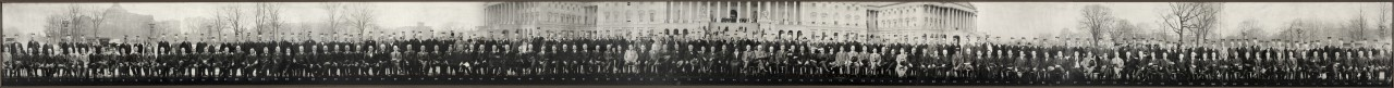 Group-portrait-of-the-sixty-fifth-US-Congress-in-front-of-the-US-Capitol-Washington-DC-1917