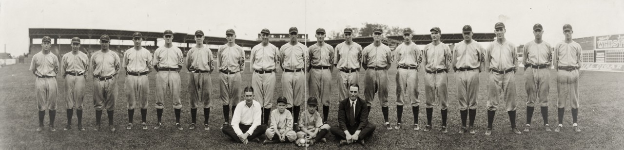 Oriole-1921-baltimore-baseball-team