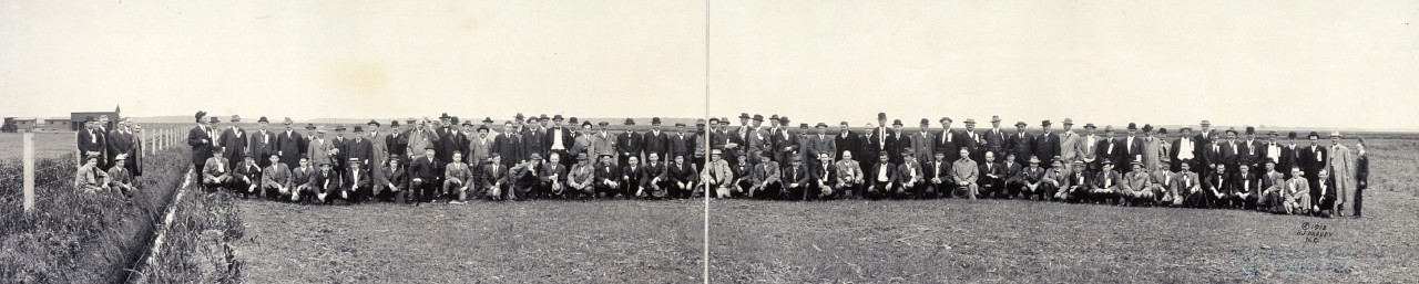 Prof-Holden-party-in-alfalfa-field-1913
