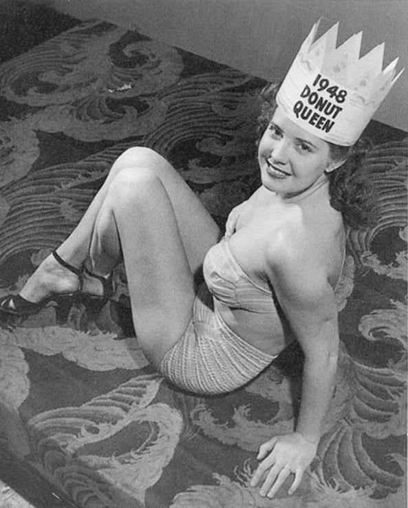 Miss Donuts 1948